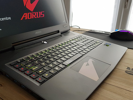 Review Aorus X7 DT V8